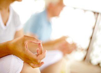 Yoga oder auch Meditation können uns helfen eine richtige Atmung zu erlernen. Bildquelle: shutterstock.com