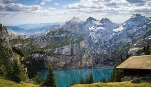 Besonders in den Bergen werden Wanderungen meist mit traumhaften Ausblicken belohnt. Bildquelle: Pixabay.de