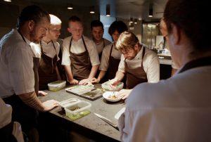 NOMA - in der Küche des besten Restaurants der Welt. Quelle: Pierre Deschamps