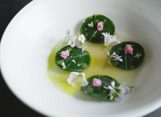 NOMA Ein Gericht aus der Küche des besten Restaurants der Welt. Quelle: Pierre Deschamps