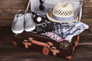 Auch der Koffer will natürlich richtig gepackt sein. Erkundigen Sie sich im Vorfeld beim Reiseveranstalter, welche Gepäckmengen und -größen erlaubt sind. Bildquelle: shutterstock.com
