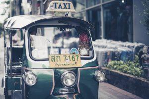 Mit Bus, Bahn und Tuk Tuk durch Thailand. Bildquelle: Pixabay.de