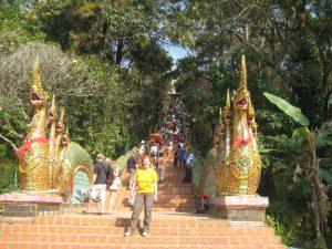 Unsere Leserin Leandra Angela Heger während ihrer Reise mit dem Rucksack durch Thailand. Bildquelle: Leandra Angela Heger