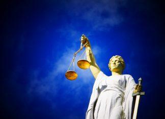 Die Gesetzliche Betreuung wird vom Betreuungsgericht bestimmt. Bildquelle: Pixabay.de