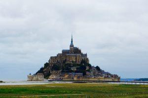 Das Kloster Mont Saint Michel war in der Vergangenheit nur bei Ebbe zu Fuß erreichbar. Bildquelle: 59plus GmbH