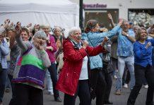 Am 01. Oktober ist es wieder soweit, der zweite Seniorenflashmob findet in Düsseldorf statt. Bildquelle: 59plus GmbH