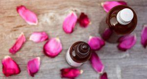 Aromaöle sorgen für den optimalen Wellnesseffekt im eigenen Bad. Bildquelle: pixabay.de