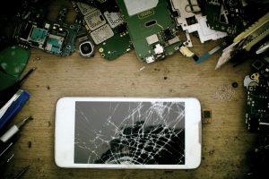 Was tun mit alten Smartphones oder Tablets? Bildquelle: shutterstock.com