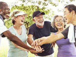 Integration, Offenheit und Miteinander sind die Kernpunkte für ein gemeinsames Miteinander und alt werden. Bildwuelle: shutterstock.com
