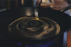 Beschichtet oder unbeschichtet? Wieso spielt das eine so große Rolle beim kochen oder braten?. Bildquelle: Pixabay.de