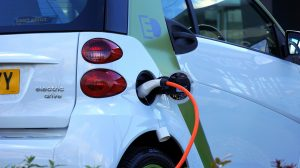 Sind Elektroautos wirklich die Lösung für unser Klima? Bildquelle: Pixabay.de