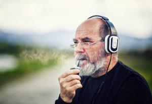 Wann ist der Mann ein Mann? Männer altern in jedem Fall anders als Frauen. Bildquelle: shutterstock.com