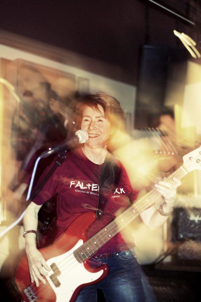 """Die Music Academy Düsseldorf bietet das Programm """"Rockband 60 Plus"""" an. Bildquelle: Music Academy Düsseldorf"""