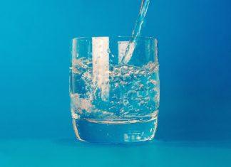 Mentale Leistungsfähigkeit hängt auch davon ab wieviel Flüssigkeit wir unserem Körper und damit gehirn zukommen lassen. Bildquelle: Pixabay.de