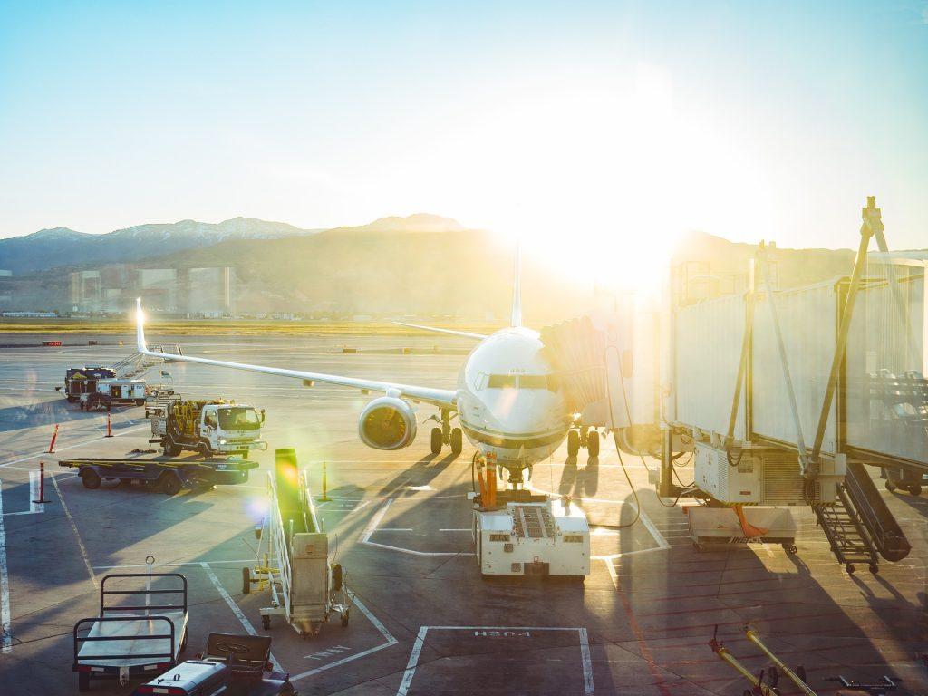 Bei Verspätungen oder gar Stornierungen regelt das Fluggastrecht EU ob und wie hoch eine Entschädigung seitens der Fluggesellschaft gezahlt werden muss. Bildquelle: Pixabay.de