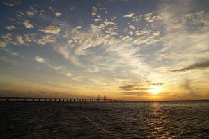 Die Öresundbrücke verbindet Kopenhagen mit der schwedischen Stadt Malmö. Bildquelle: Pixabay.de