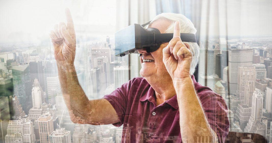 Die Digitaliserung hilft uns auch im Alter lange selbstbestimmt und unabhängig zu leben. Bildquelle: shutterstock.com