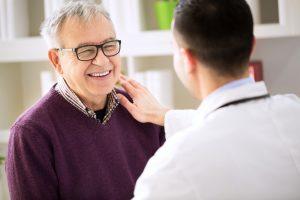 Die medizinische Notwendigkeit und die Unterstützung des Arztes ist bei der Beantragung sehr wichtig. Bildquelle: shutterstock.com