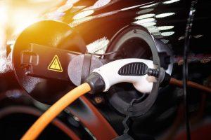 Ist der Hybrid Motor tatsächlich des Rätsels Lösung in Sachen Mobilität? Bildquelle: shutterstock.com