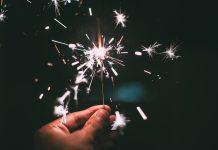 Willkommen 2018! Wir freuen uns auf ein neues Jahr gemeinsam mit Ihnen. Bildquelle: Pixabay.de