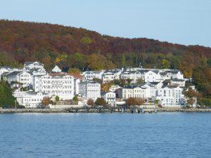 Der kleine Ort Sassnitz lädt zu einem nostalgischen Bummel ein. Bildquelle: Pixabay.de