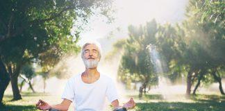 Richtig Atmen ist eine Kunst, die jedoch die eigene Gesundheit deutlich verbessern kann. Bildquelle: shutterstock.com