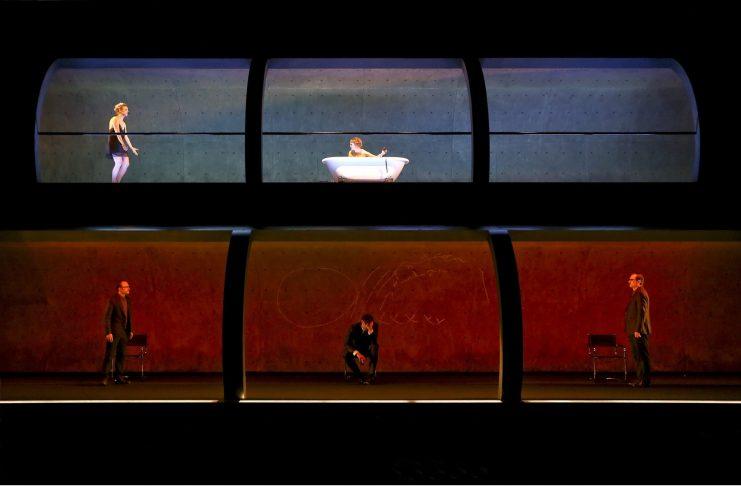 Amphitryon - inszeniert von Andreas kriegenburg am Schauspiel Frankfurt. Bildquelle: Birgit Hupfeld