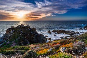 """""""Big Sur ist da, wo sich Berge und der Ozean zu einem dramatischen Rendezvous treffen."""" Bildquelle: Pixabay.de"""