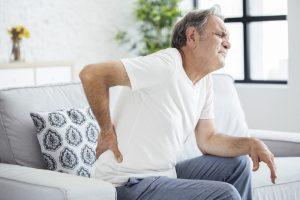 Dank des Therapieansatzes von Bomedus können Sie dauerhaften Schmerzen entgegen wirken. Bildquelle: shutterstock.com