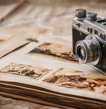 Lange war das klassische Fotoalbum die schönste Beschäftigung und Erinnerung an einen Urlaub. Bildquelle: shutterstock.com