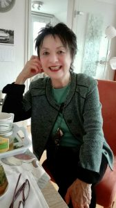 Dora (72) aus Dortmund freut sich über neue Begegnungen und wir uns auch! Bildquelle: 59plus GmbH