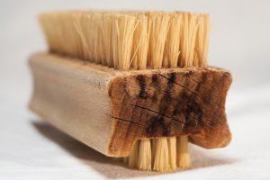 Es muss nicht immer das aktuellste Reinigungsmittel aus der Werbung sein. Altbewährte Üutz- und Reinigungsmittel sind oftmals auch deutlich verträglicher für die Umwelt. Bildquelle: Pixabay.de