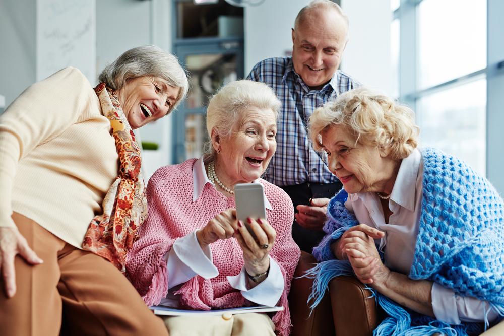 Der Austausch über eine WhatsApp Gruppe ist inzwischen ganz normal. Viele Familien nutzen WhatsApp auch für den sog.