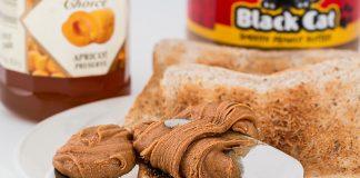 Schon lange bekam Erdnussbutter nicht mehr soviel Aufmerksamkeit wie im Zusammenhang mit aktuell viel diskutierten Strafzöllen seitens der USA. Bildquelle: Pixabay.de