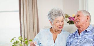 Mobilität ist Lebensqualität. Die Pflegekasse fördert Umbaumaßnahmen in den eigenen vier Wänden. Bildquelle: shutterstock.com