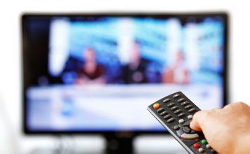 Mit der Mediathek ist es ganz einfach versäumte Filme zu einem späteren Zeitpunkt anzuschauen. Bildquelle: shutterstock.com