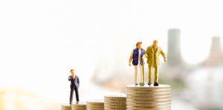 Die Gesetzliche Rente ist ein System das darauf basiert, dass ausreichend Arbeitnehmer in das System einzahlen. Bildquelle: shutterstock.com