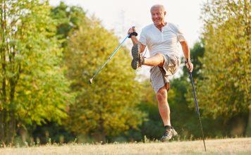 Bewegung ist und bleibt das A und O um lange fit und eigenständig zu bleiben. Bildquelle: shutterstock.com