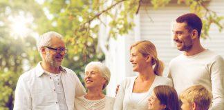 Eine gute Vorsorge beginnt schon bei der Hausplanung in jungen Jahren. Bildquelle: shutterstock.com