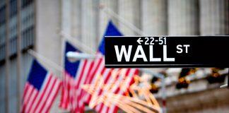 Die Wall Street und die dort ansässige New York Stock Exchange ist die wohl bekannteste Börse. Bildquelle: shutterstock.com