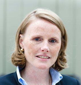 Inge Delobelle ist mit hauptverantwortlich für die permanente Weiterentwicklung im Bereich Treppenlift. Bildquelle: thyssenkrupp Home Solutions