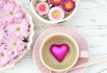 Immer am zweiten Sonntag im Mai feiern wir den Muttertag. Bildquelle: Pixabay.de