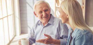Das geliebte Einfamilienhaus aufzugeben ist nie eine leichte Entscheidung. Diese kann aber durch eine kompetente und umfassende Beratung deutlich erleichtert werden. Bildquelle: © shutterstock.com