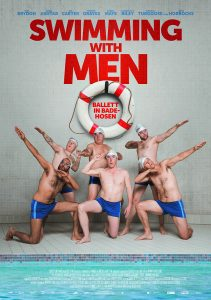 SWIMMING WITH MEN: Filmplakat. Quelle: ©AlamodeFilm