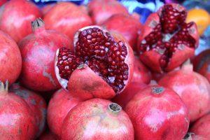 Tolle Farbe, super lecker und darüber hinaus total gesund - der Granatapfel. Bildquelle: Pixabay.de