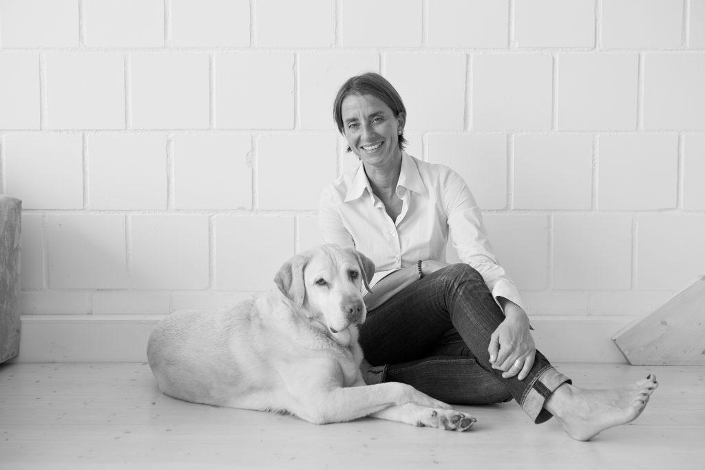 Abschied spielt aktuell eine große Rolle im Leben von der Gründerin und Geschäftsführerin Simone Brüggemann. Bildquelle: ©bine bellmann