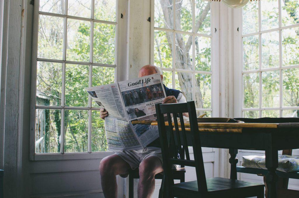 Vom lästigen Hilfsmittel zum Designerstück - der Treppenlift gewinnt zunehmend mehr Akzeptanz. Bildquelle: ©Sam Wheeler / Unsplash.com
