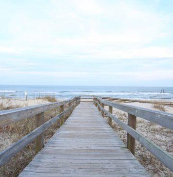 Noch einmal das Meer sehen. Diese und andere Wünsche erfüllt der Wünschewagen. Bildquelle: ©Todd Desantis / Unsplash.com