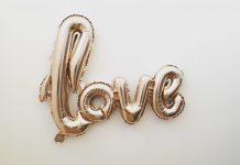 Love is in the Air - auch die generation 59plus hat Lust sich neu zu verlieben. Bildquelle: © Mandy von Stahl / Unsplash.com