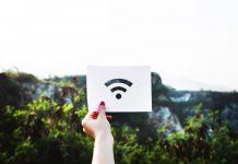 Internet in Altenheimen ist leider bei weitem noch keine Selbstverständlichkeit. Bildquelle: © Rawpixel / Unsplash.com